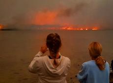 Fumaça dos incêndios na Austrália está sobre Chile e Argentina e deve chegar nesta terça ao Brasil
