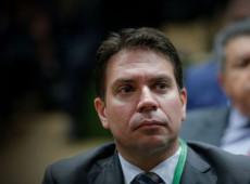 Bolsonaro afronta STF e nomeia braço direito de Alexandre Ramagem para comando da PF