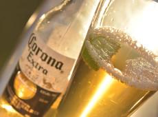 Norte-americanos evitam cerveja mexicana Corona por causa do coronavírus