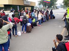 Em meio à pandemia, 15 mil venezuelanos tentam retornar da Colômbia, Peru e Equador