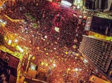 """""""Cultura pra eles é coisa de comunista, e para nós é libertação"""", diz Lula diante de 250 mil"""