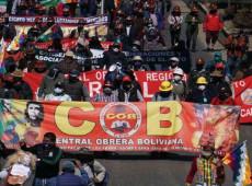 Em manifestação, milhares exigem democracia e eleições em setembro na Bolívia