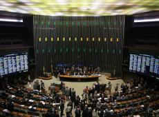 Espectro político brasileiro: um país desengonçado
