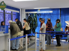 Brasil quer privatizar a Previdência enquanto outros países provam que isso não funciona