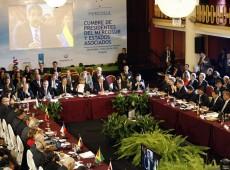 Invocação de cláusula democrática do Mercosul depende de disputas políticas na região, diz especialista