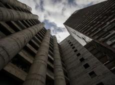 Venezuela inicia desocupação da maior favela vertical do mundo