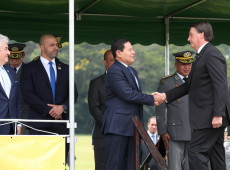 Zé Dirceu | Não haverá democracia com militares na política, é hora de rever papel das Forças Armadas no Brasil