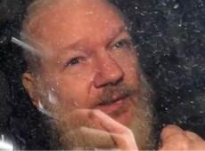 É desumano e cruel o martírio imposto pela justiça britânica a Julian Assange