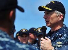 Visita de Chefe do Comando Sul dos EUA à Argentina levanta debate sobre defesa da soberania nacional no país