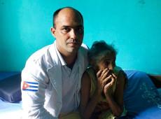 Recontratado para combater Covid-19, médico cubano vendia salgados para sustentar família