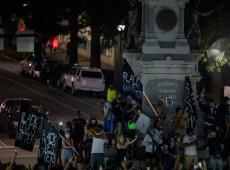 Questionar símbolos é questionar formação do Estado, diz historiadora sobre derrubada de estátuas em protestos antirracistas