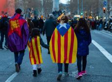 Juiz espanhol ordena a detenção de nove independentistas da Catalunha