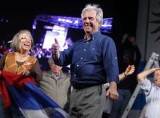 Favorito, Tabaré Vázquez buscou voto de conservadores para voltar ao poder no Uruguai