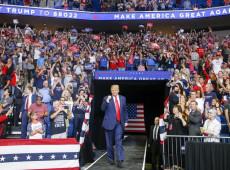 Trump ignora pandemia e retoma campanha à reeleição