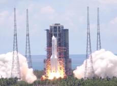 China lança primeira sonda independente em direção ao planeta Marte