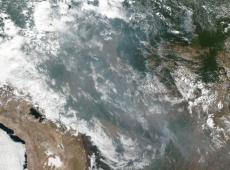 Fumaça de incêndios na Amazônia deve chegar nesta sexta à Argentina