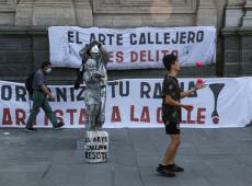 Após assassinato brutal de artista, chilenos exigem reforma urgente dos Carabineiros
