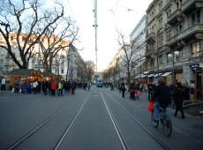 Diante do aumento de casos de Covid-19, Suíça é criticada por suspender quarentena cedo demais