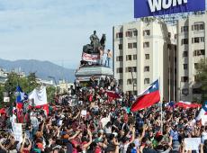 Nova Constituição pode encerrar pensamento neoliberal no Chile, diz jurista chileno