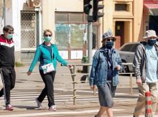 Cientistas alertam OMS para transmissão aérea do coronavírus além de dois metros