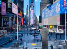 Após EUA atingir marca de 600 mil mortes por Covid-19, Nova York anula restrições da pandemia