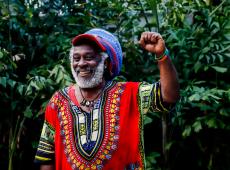 Fotógrafo realiza série de retratos do povo haitiano em ano de intensa mobilização