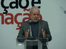 """Lula sobre Bolsonaro: """"Corrupção está dentro da casa dele, com os três filhos"""""""