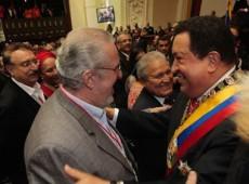 ¡Gloria al bravo Chávez!