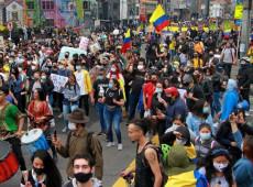 Reforma tributária foi gota d'água para que Colômbia fosse às ruas buscar justiça pelo fim da ditadura