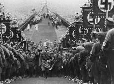 Com a destruição do exército, uso do cristianismo e fortes slogans, nascia o nazismo