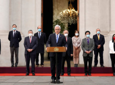 Entre a fome e a pandemia, Chile congela sua 'revolução constitucional'