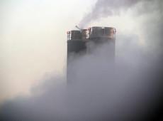 Mais ricos emitem dobro de CO2 em relação à população mais pobre, diz relatório da Oxfam