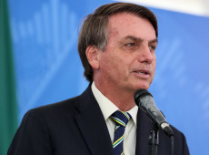 Covid-19: Juristas brasileiros denunciam Bolsonaro em Haia por crime contra a humanidade