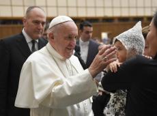Papa rejeita proposta de ordenar homens casados na Amazônia