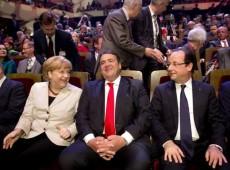 Insatisfeito com posição de Merkel sobre Grécia, Hollande fez reunião secreta com oposição a ela