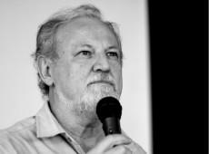 Lula tem que liderar a organização das massas, diz João Pedro Stédile
