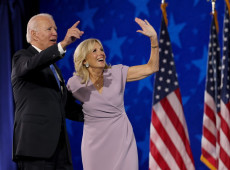 """A promessa da América"": Biden declara que resgatará o país de suas múltiplas crises"