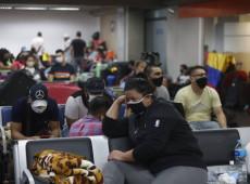 Impasse: Colombianos acampam no Aeroporto de Guarulhos aguardando voo humanitário