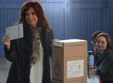 """""""Trata-se de governar uma Argentina outra vez em ruínas"""", diz Kirchner sobre possível vitória"""