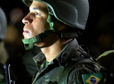 Cannabrava | Momento no Brasil é crucial: ou eles, ou nós, ou os civis, ou os militares