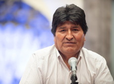 Prioridade é recuperar a democracia na Bolívia, diz Evo Morales