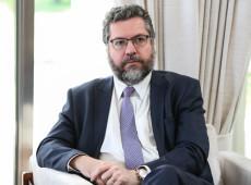 """Dez fatos que provam que Ernesto Araújo implantou """"negacionismo diplomático"""" à frente do Itamaraty"""