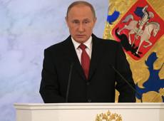 """Em discurso, Putin denuncia tentativa de assassinato e condena sanções dos EUA: """"ultrapassaram todas as fronteiras"""""""