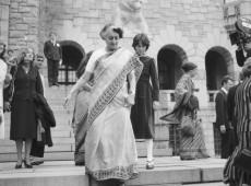 Hoje na História: 1975 - Indira Gandhi é considerada culpada por corrupção eleitoral