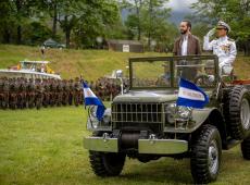 """""""Nem de esquerda, nem de direita"""", presidente de El Salvador coloca militares no Congresso"""