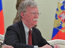 Queda de Bolton pode significar mudança tática dos EUA em relação à Venezuela